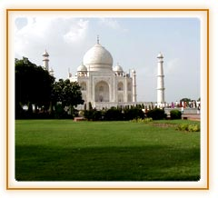 Taj Mahal, Agra Vacation Tour